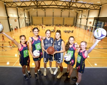 Netball players at Casey Stadium